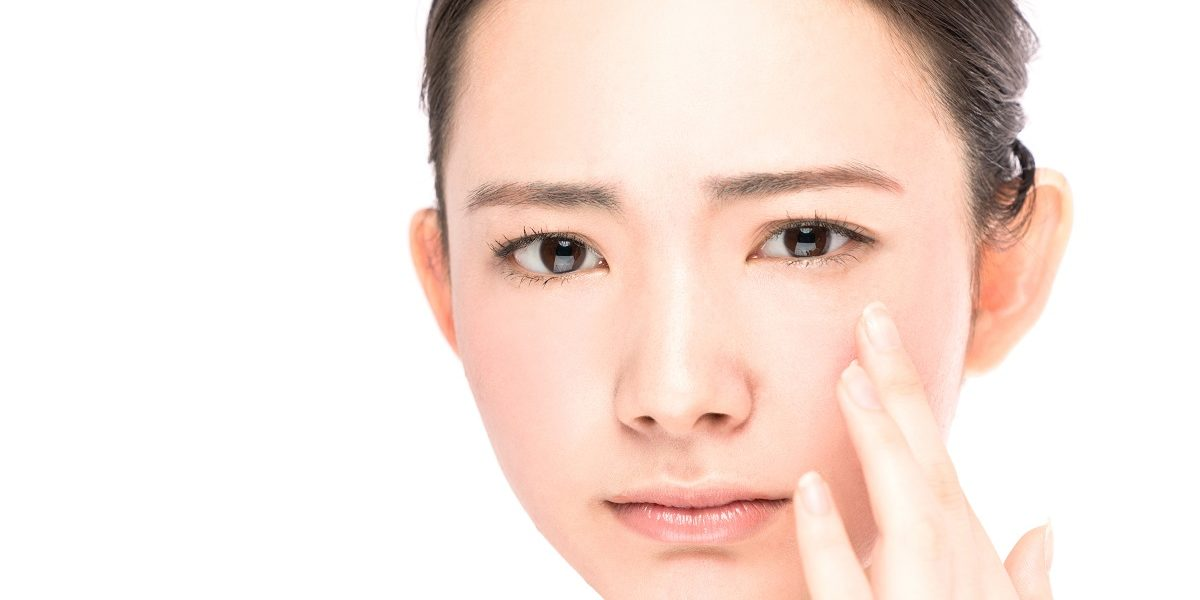 Why are non-surgical facelifts a cheaper and safer alternative to cosmetic surgery?