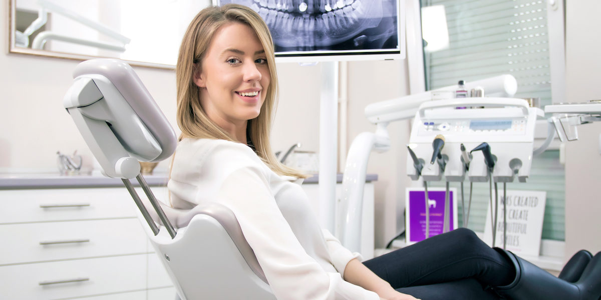 How do dental implants in Richmond work?